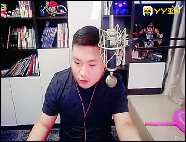 李先生嘱咐粉丝不要带鹰团节奏!